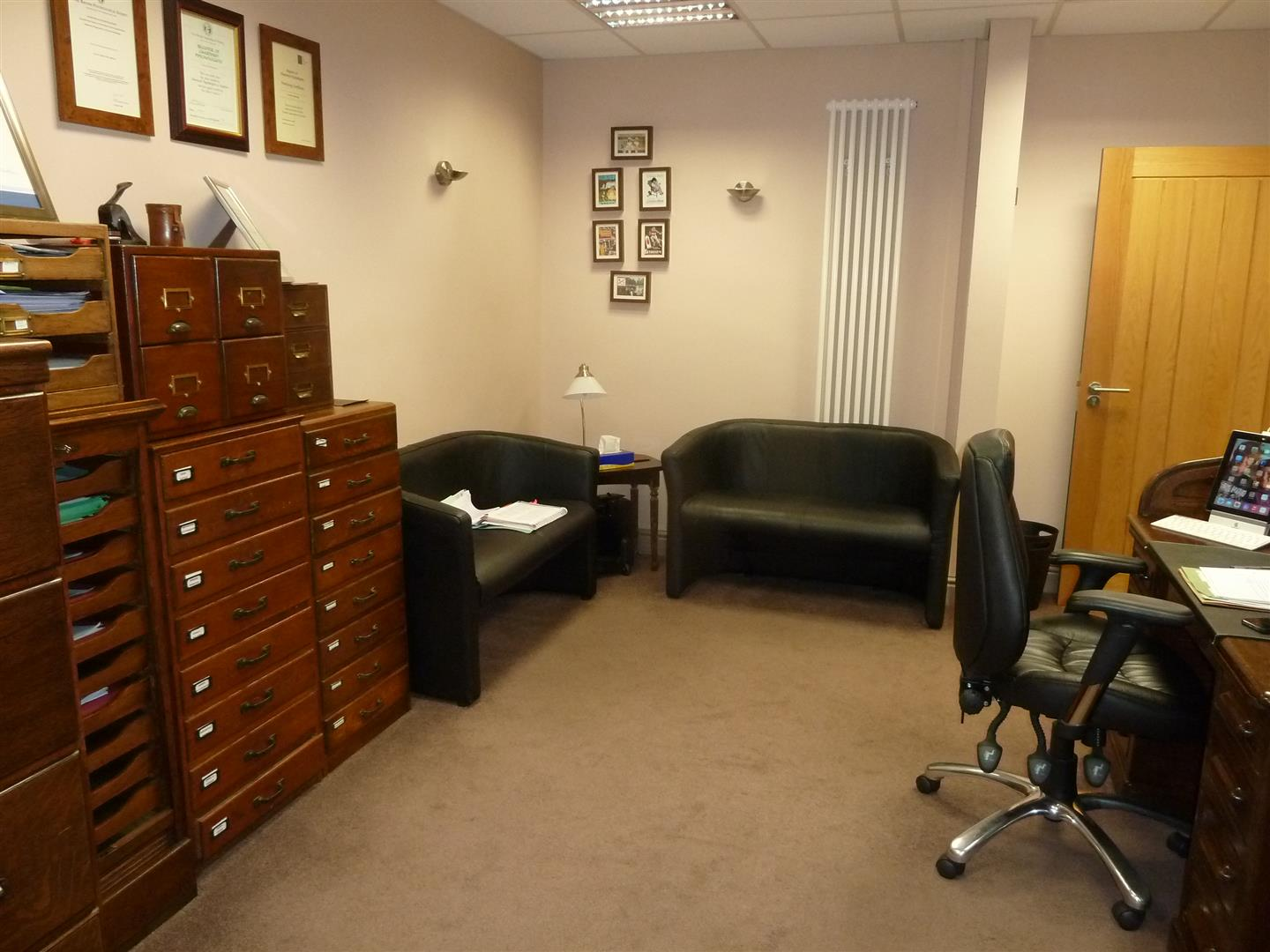 CONSULTING ROOM/OFFICE 1